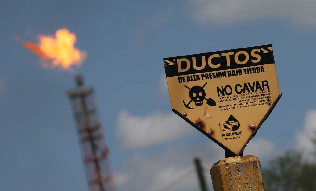Mexico's drug cartels, now hooked on fuel, cripple nation's refineries | Reuters